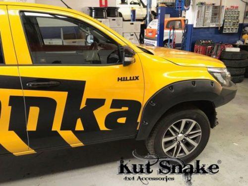 Kut Snake plastic fender flares Toyota Hilux Revo 2015+ Toyota