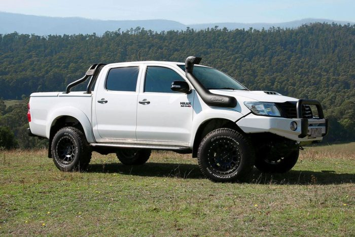TOYOTA HILUX (Oct 2011 onwards)