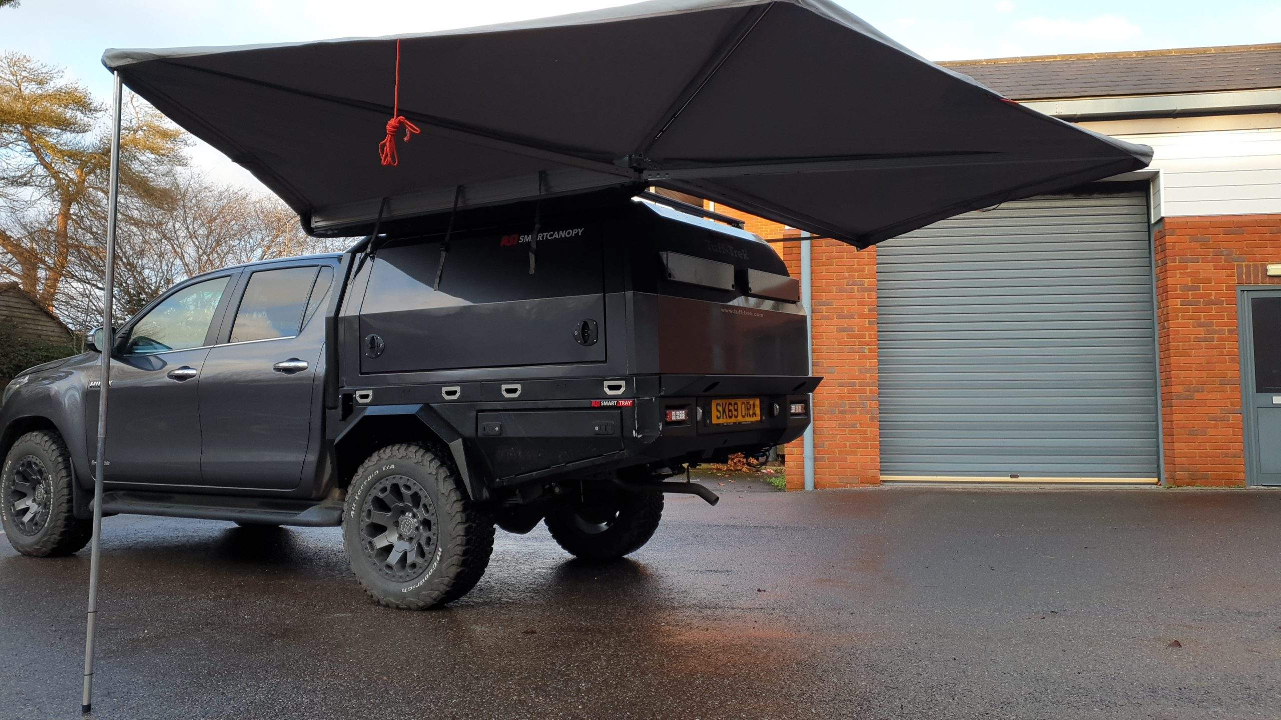 Tuff-Trek ® SpeedWing Awnings